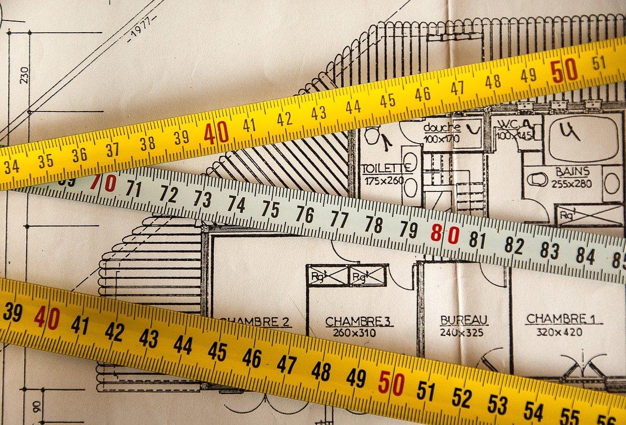 Comment définir l'épaisseur des matériaux pour une isolation des murs ?