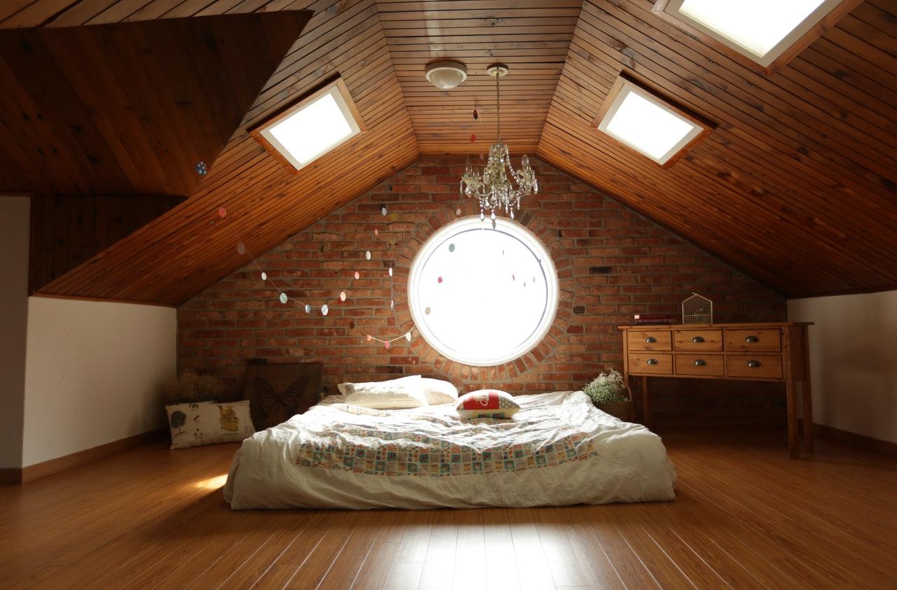 Isolation phonique au plafond : comment procéder ?